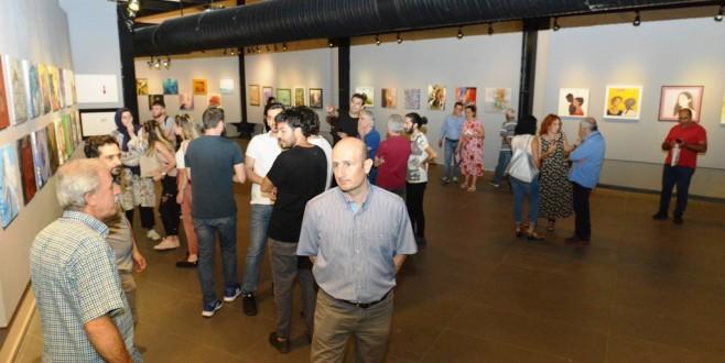 19 ülkeden 61 sanatçının eserleri bu sergide