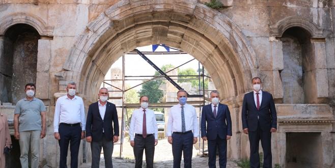 2000 yıllık tarihi yapı eski ihtişamına kavuşuyor