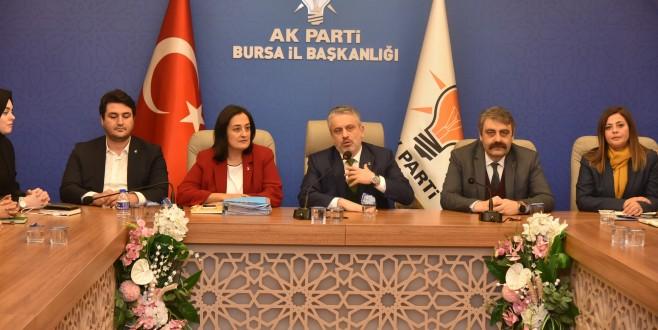 AK Parti Bursa il kadın kolları yönetimi belli oldu