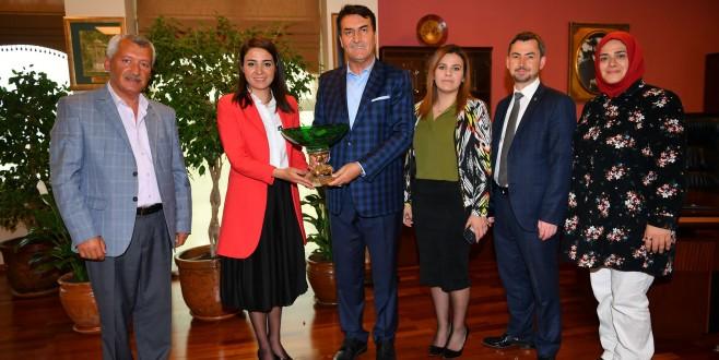 AK Parti Mudanya'dan Dündar'a ziyaret