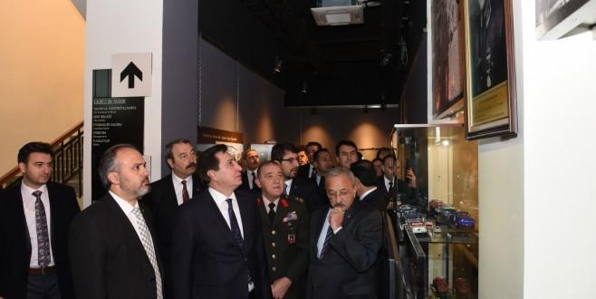 Atatürk Bursa'da sergisi