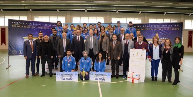 Avrupa'nın en başarılı sporcu öğrencileri ödüllendirildi