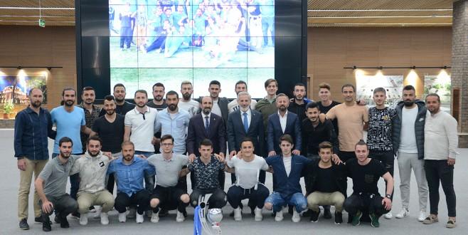 Başkan Edebali şampiyon Yıldırım Belediyespor'u ağırladı