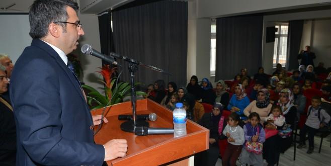 Başkan Yılmaz, Aile İçi Eğitim Semineri'nde Velilerle Buluştu