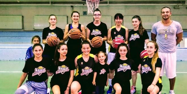 Basketbol tutkunları Güçyetmez Akademi'de