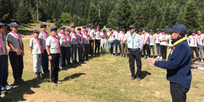 Bursa'da gençlerin kamp keyfi başladı