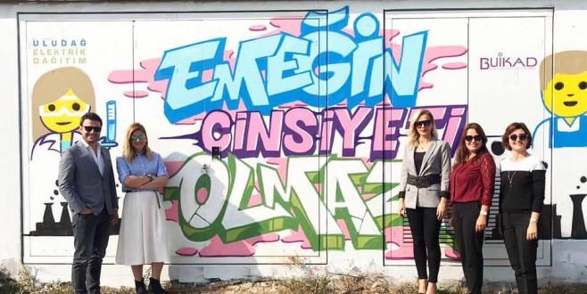 Bursa'da Trafolar Sosyal Mesjalarla Renkleniyor