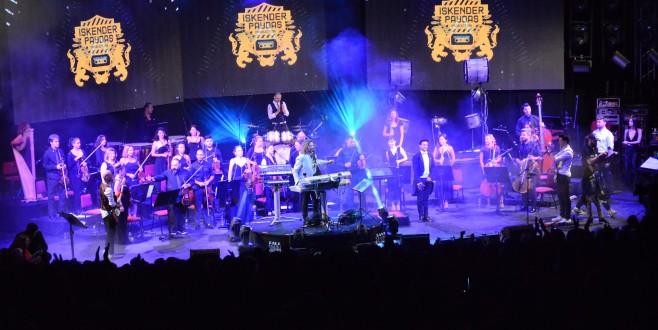 Bursa'da 'Zamansız Şarkılar' coşkusu