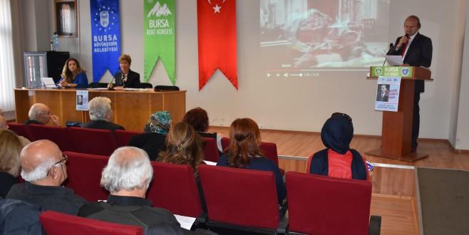 Bursa Kent Konseyi'nde Atatürk şiirlerle anıldı