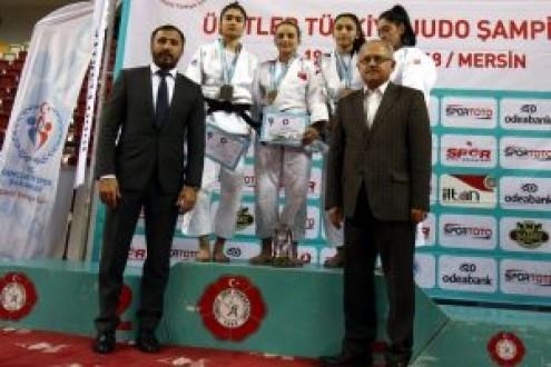 Bursalı judocular Avrupa arenasında