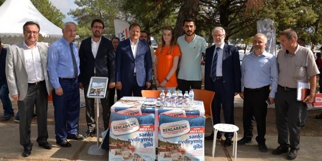 Çavuşoğlu'ndan yeni öğrencilere 'Kampüse Hoşgeldin'
