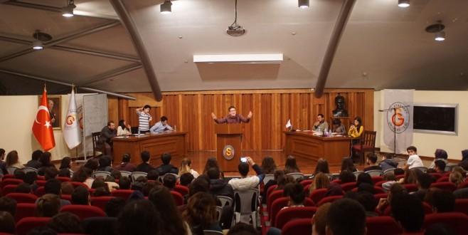 Emine Örnekliler Galatasaray Üniversitesi ''Birikim'' Günlerinde