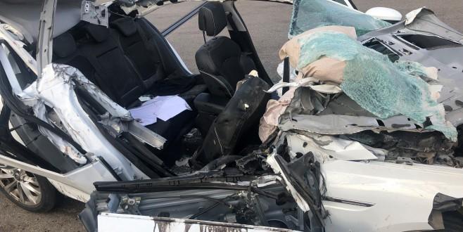 Hareket halinde uyuyan sürücü TIR'a arkadan çarptı