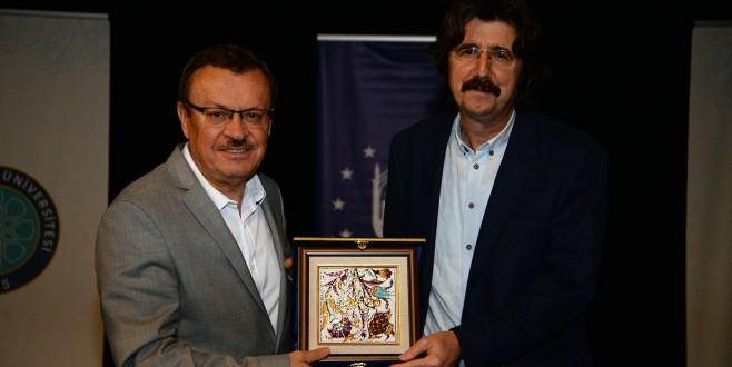 İslam düşüncesinde bütünlük ve süreklilik konusu Bursa'da ele alındı