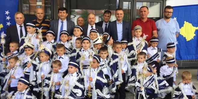 Kosova'da sünnet coşkusu