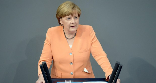 Merkelden Erdoğan şiiri ile ilgili açıklama