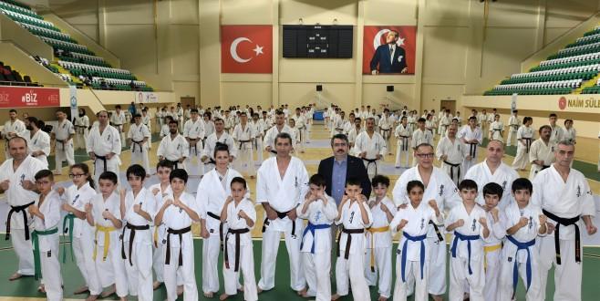 Naim Süleymanoğlu'nda İlk Uluslararası Etkinlik