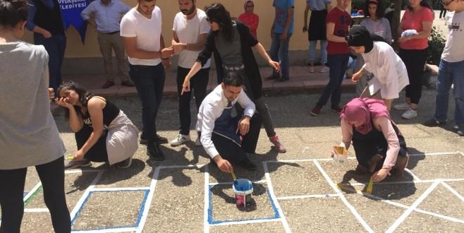 Okulda oyun bir başka