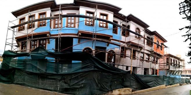 Tarihi Bursa evleri hayat buluyor